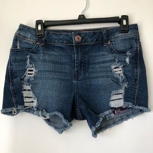 Maurices Embro Distress Blue Denim Jeans Shorts